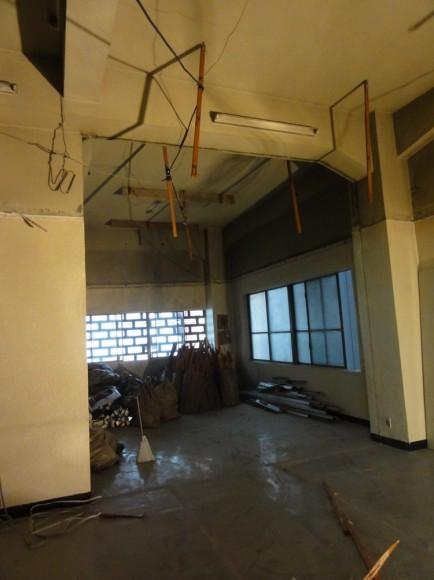 本来の天井の高さ、4Mの天井が姿をあらわしました