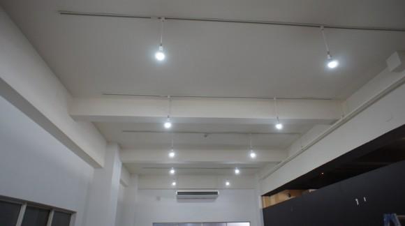 Ustreamスタジオの照明をLEDランプに統一