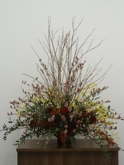 2011年2月14日 パンダスタジオのエントランス フラワーデザイナー 小山大蔵さんの作品(写真1)