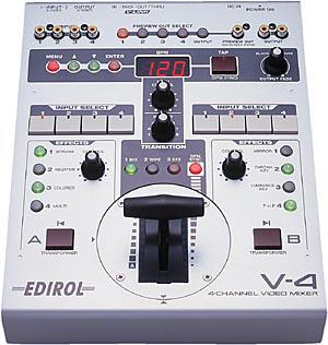 ▲スイッチャー 『Roland v4』